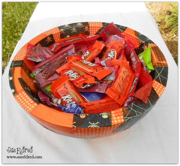 Smoothfoam Halloween Treat Bowl with Watermark 2