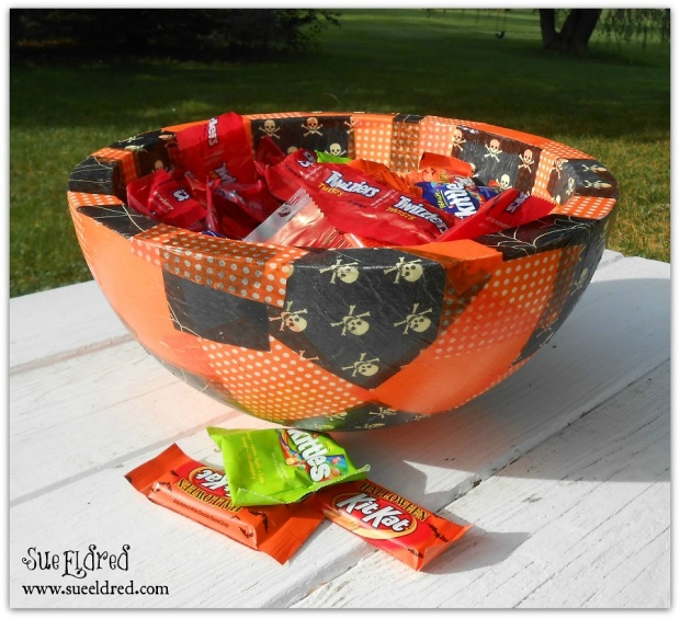 Smoothfoam Halloween Treat Bowl with Watermark