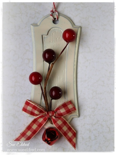 Berry Ornament 91