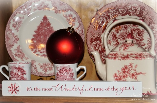 Christmas Dishes 211