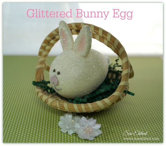 Smoothfoam Glittered Bunny Egg 3257