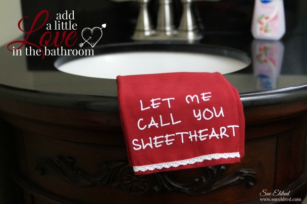 Add a little love in the bathroom 3442