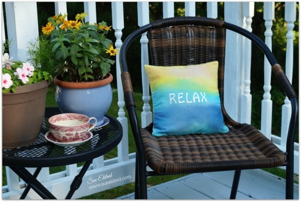 Relaxing Sunset pillow 9321