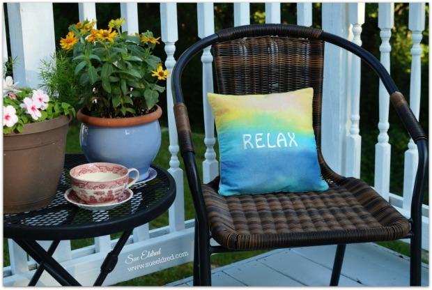 Relaxing Sunset pillow 9321