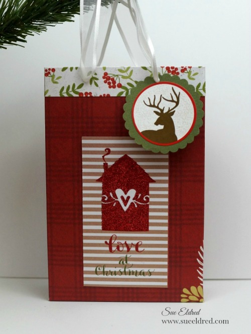 love-at-christmas-gift-bag-sues-creative-workshop