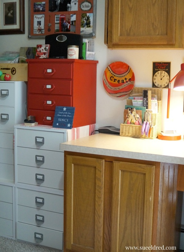white cabinets 8799