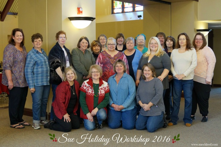 sues-holiday-workshop-group-photo-2016-sues-creative-workshop