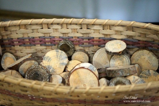 basket-of-wood-slices-sues-creative-workshop-1773