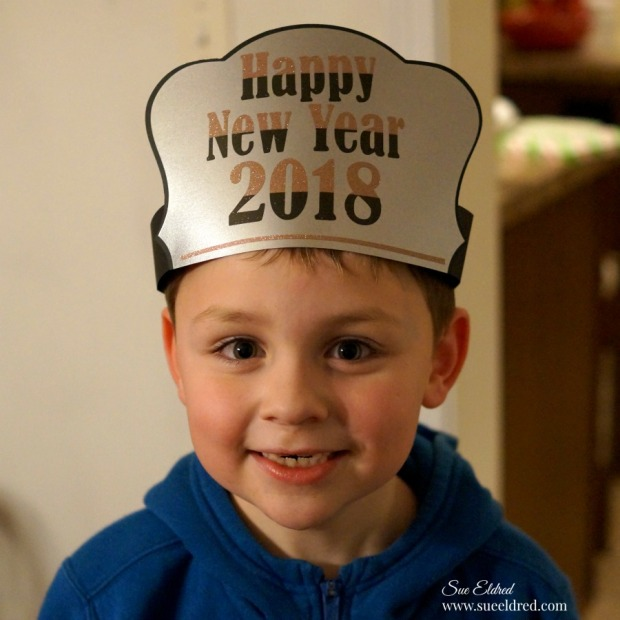 Happy New Years Hat-Sue's Creative Workshop-www.sueeldred.com 1241