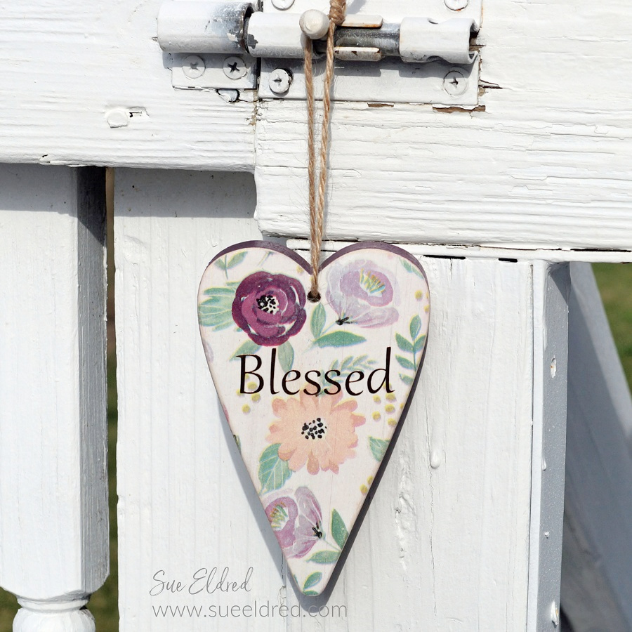 Bless My Shabby Heart-Sue's Creative Workshop www.sueeldred.com 7142