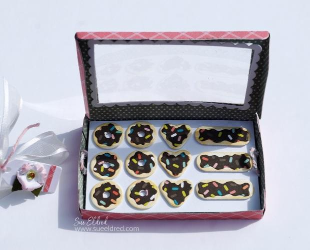 How to Make a Mini Donut Box