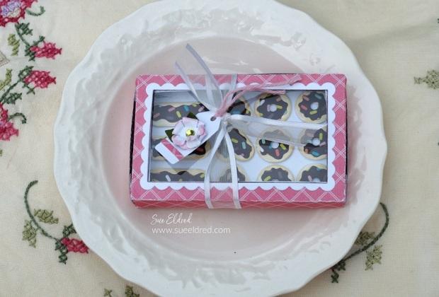 How to Make a Mini Donut Box Gift Card Holder.