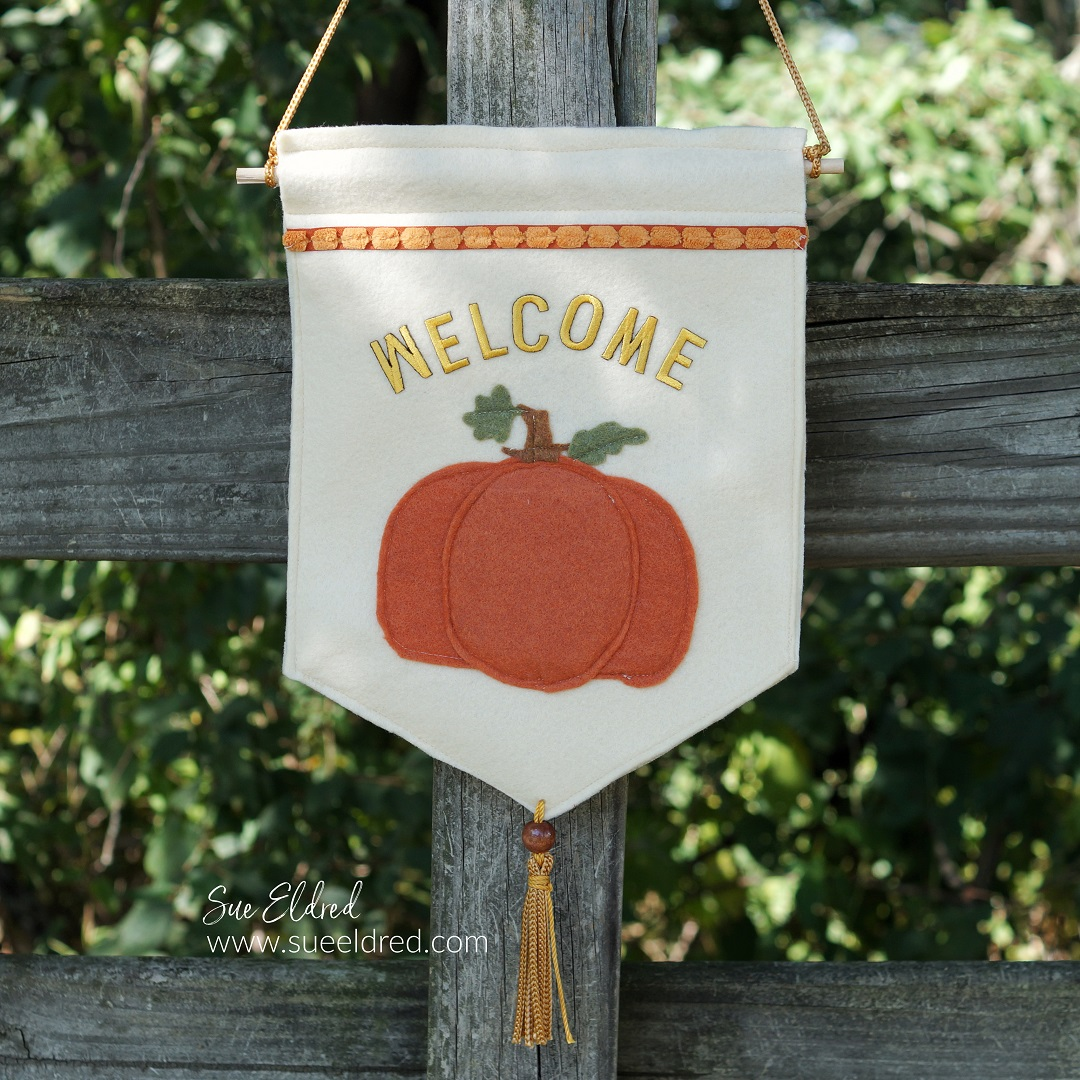 DIY Felt Pumpkin Banner